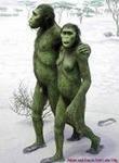 Народ неандертальский гуляет, беседует